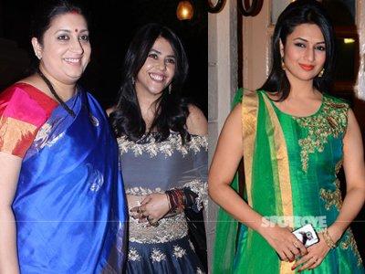 Smrita Irani - Ekta Kapoor and Divyanka Tripathi At Ekta's Diwali Bash 2016.jpg