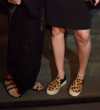 Sussanne Khan trendy shoes at the Karwa Chauth celebration.jpg