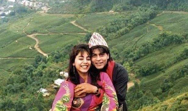 Young Shah Rukh Khan and Gauri Khan suring a vacation.jpg