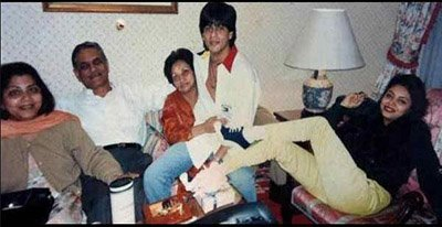 Young Shah Rukh Khan and Gauri Khan with family.jpg