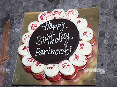 parineeti birthday cake.jpg