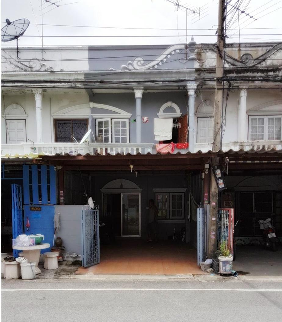 ทาวน์เฮ้าส์ หมู่บ้านพรร่มเย็น 18 ตร.ว. ถนน ลำลูกกา ซอย 11