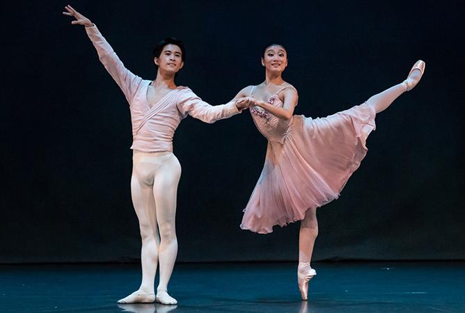01-ballet-under-the-stars