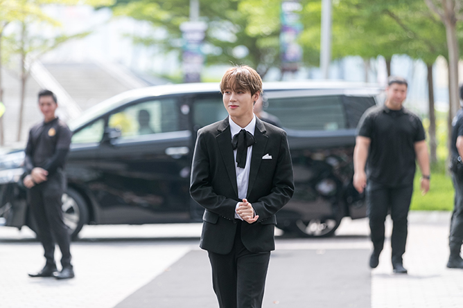 KAMP Singapore 2019 Ha Sungwoon Red Carpet