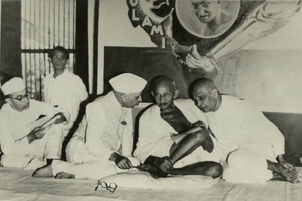 Nehru_Gandhi_and_Patel_1946_WikimediaCommons