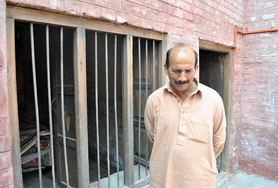 محمد اسماعیل اس جگہ کے نگران بھی ہیں اور تاریخ دان بھی