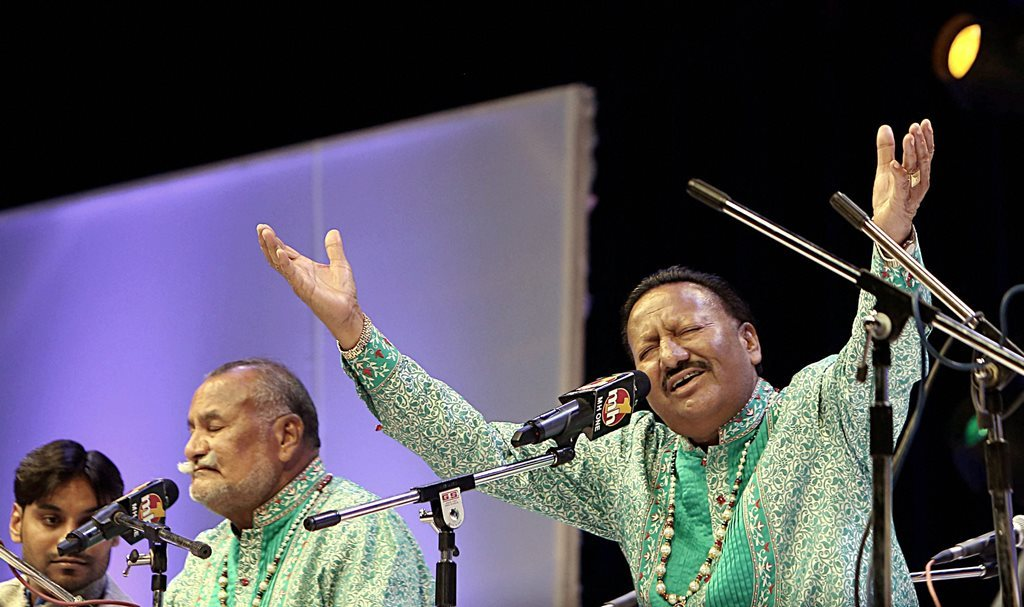 وڈالی برادرس؛پیارےلال وڈالی (دائیں) اور پورن چند وڈالی (بائیں)۔ (فوٹو پی ٹی آئی)