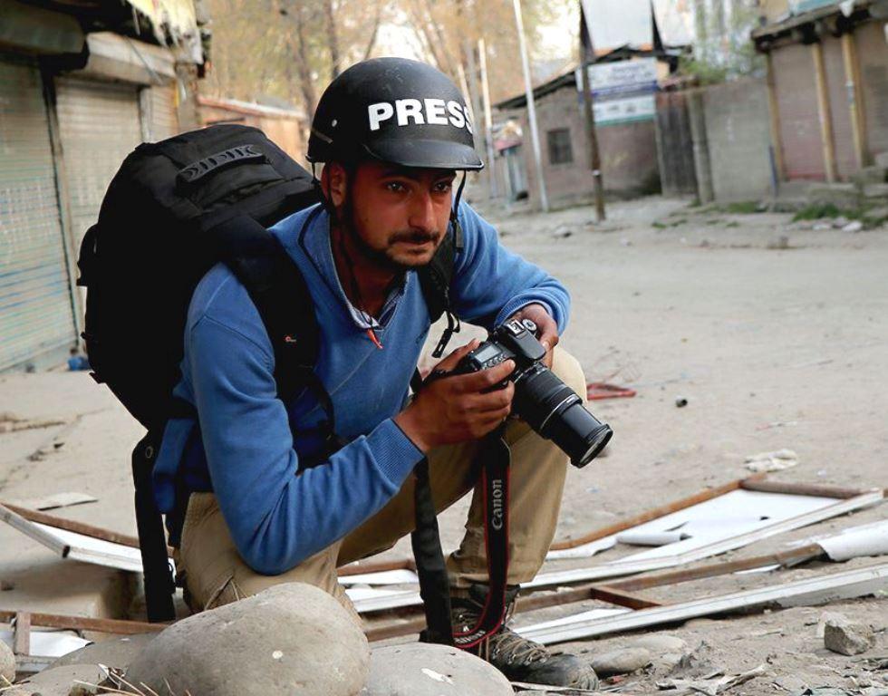 جموں و کشمیر کے فوٹو جرنسلٹ کامران یوسف۔ (فوٹو بشکریہ : فیس بک)