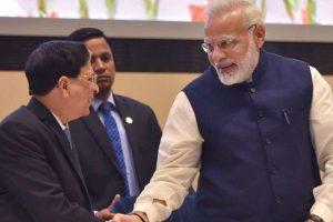 وزیر اعظم نریندر مودی اور چیف جسٹس دیپک مشرا/فوٹو : پی ٹی آئی
