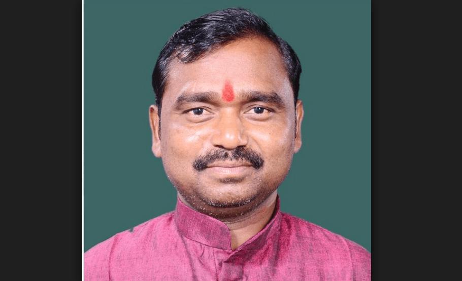 رابرٹس گنج سے بی جے پی رکن پارلیامان چھوٹےلال کھروار (فوٹو: نیشنل پورٹل آف انڈیا)