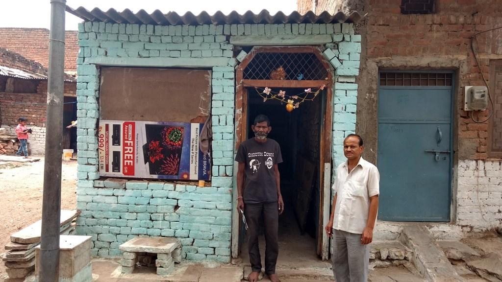 گوالیار کے تھاٹی پور کے کمہارپورا واقع دیپک جاٹو کا گھر۔ (فوٹو : دیپک گوسوامی)