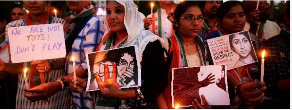 کٹھوعہ ریپ اور قتل معاملے کے احتجاج میں کینڈل لائٹ مارچ،فوٹو رائٹرس