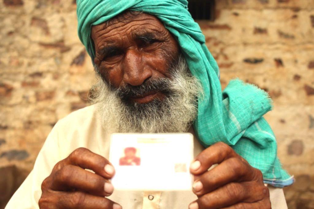 اکبر کے والد سلیمان (فوٹو : شرتی جین / دی وائر)