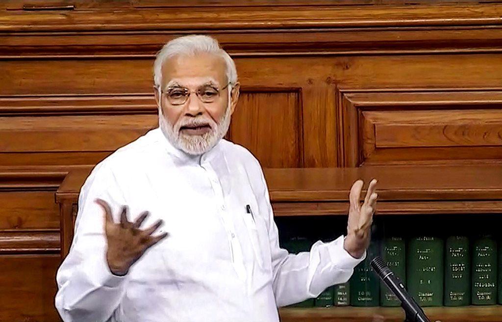 لوک سبھا میں عدم اعتماد تحریک پر جواب دیتے وزیر اعظم نریندر مودی۔ (فائل فوٹو : پی ٹی آئی)