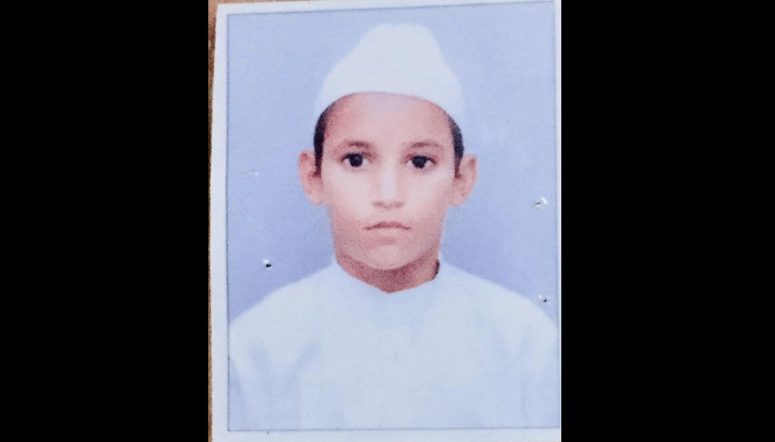 آٹھ سالہ عظیم(فوٹو : پرشانت کنوجیا/دی وائر)