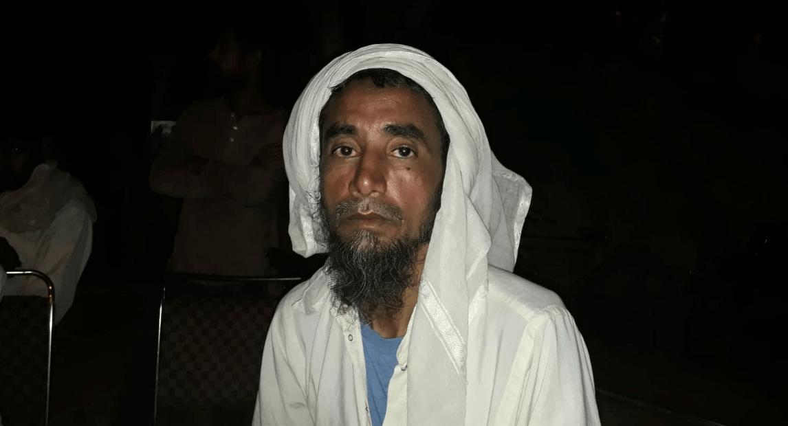 عظیم کے والد خلیل احمد (فوٹو :پرشانت کنوجیا/دی وائر)