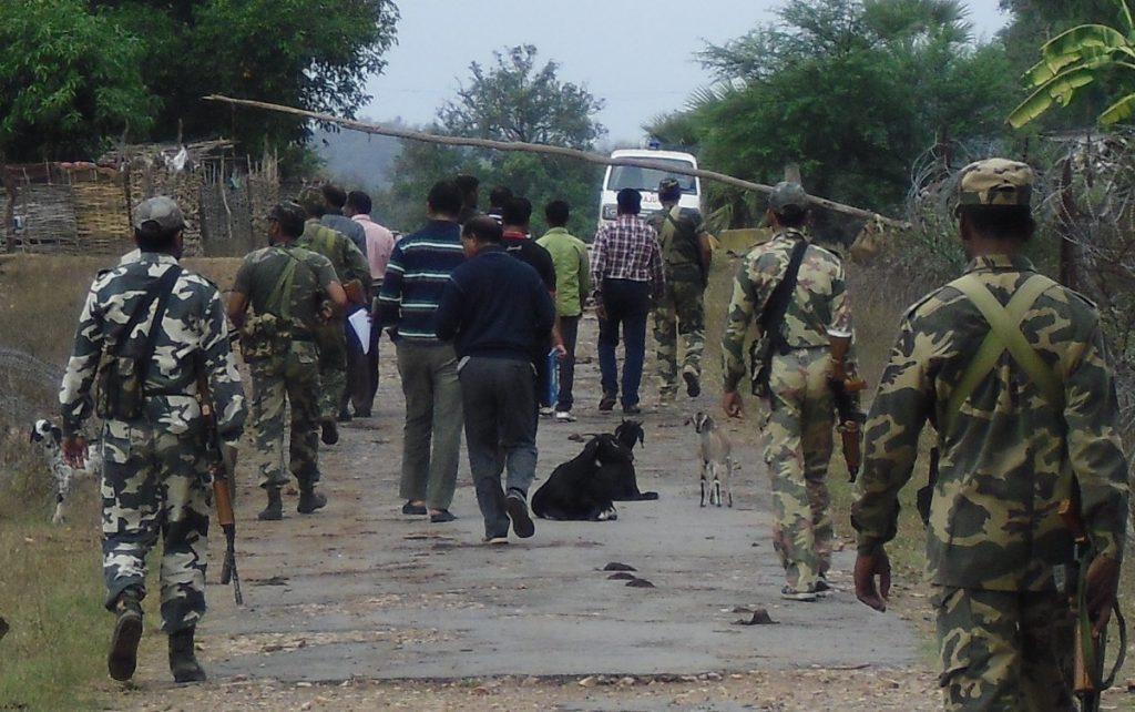 جنوری 2012 میں سی بی آئی ٹیم آگ زنی سے متاثر ایک گاؤں میں لوگوں سے ملنے گئی تھی تب خصوصی پولیس افسروں نے ٹیم پر حملہ کر دیا تھا اور ان کو گاؤں والوں سے ملنے سے روکا تھا۔