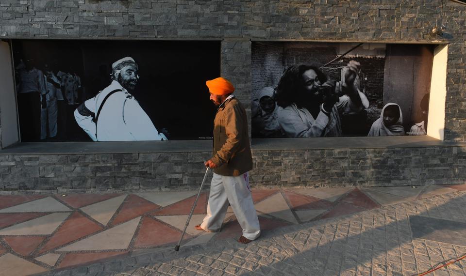 1984 کے سکھ مخالف فسادات کے متاثرین کی یاد میں قائم کیا گیا میموریل ،فوٹو: پی ٹی آئی