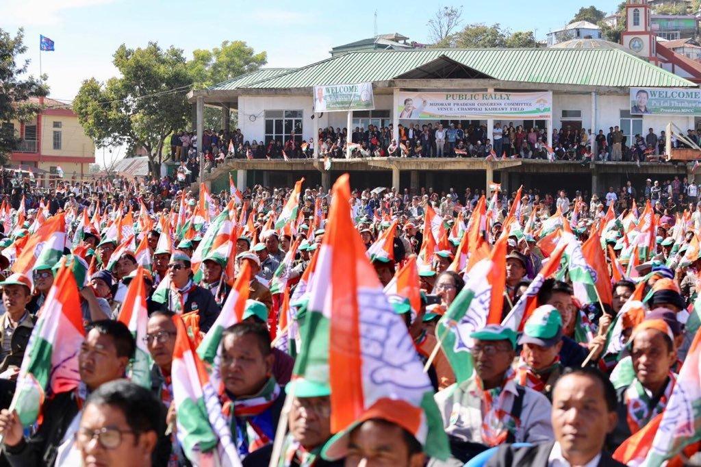 میزورم میں راہل گاندھی کی ایک انتخابی ریلی (فوٹو بشکریہ: ٹوئٹر /میزورم کانگریس)