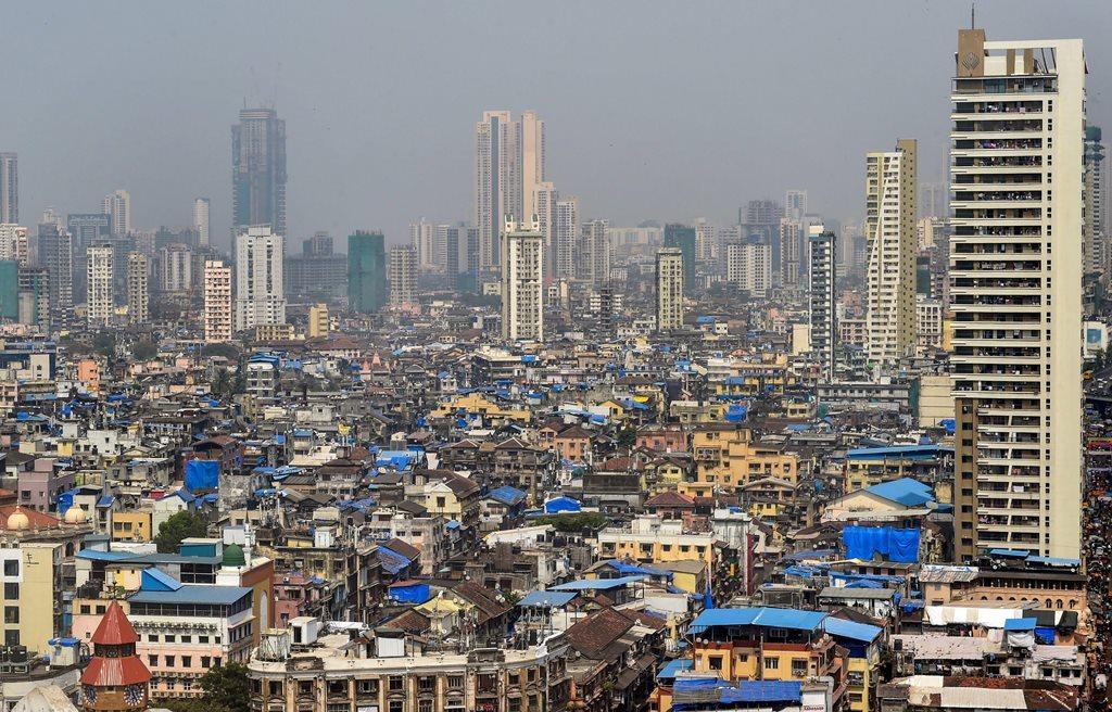 رپورٹ کے مطابق ہندوستان میں رہنے والے 13.6 کروڑ لوگ سال 2004 سے قرض دار بنے ہوئے ہیں اور یہ ملک کی سب سے غریب 10 فیصد آبادی ہے۔ (فوٹو : پی ٹی آئی)