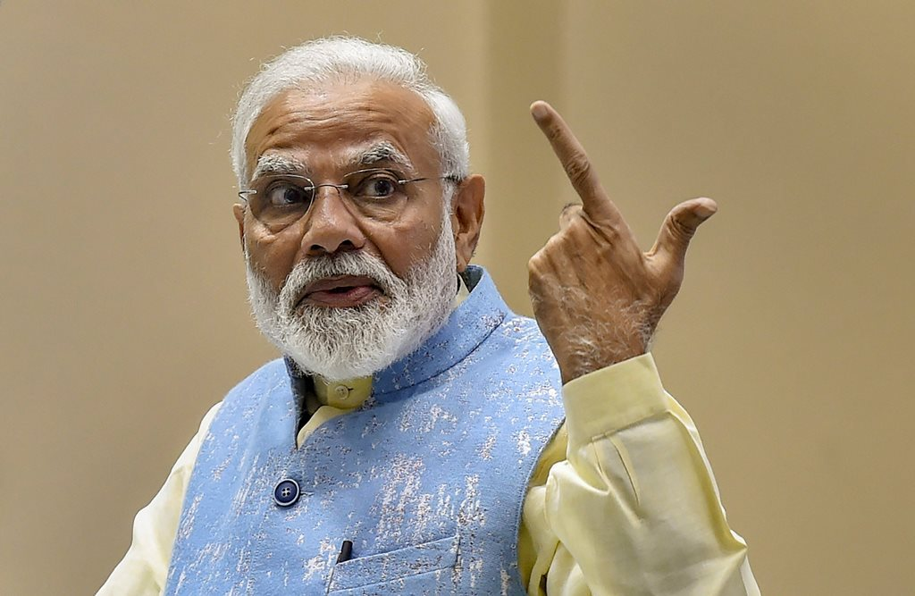 27 فروری 2019 کو نئی دہلی میں نیشنل یوتھ پارلیامنٹ تقریب میں وزیر اعظم نریندر مودی(فوٹو : پی ٹی آئی)