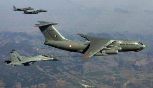 ہندوستانی فضائیہ کے ہوائی جہازوں کی تصویر (فوٹو : پی ٹی آئی)