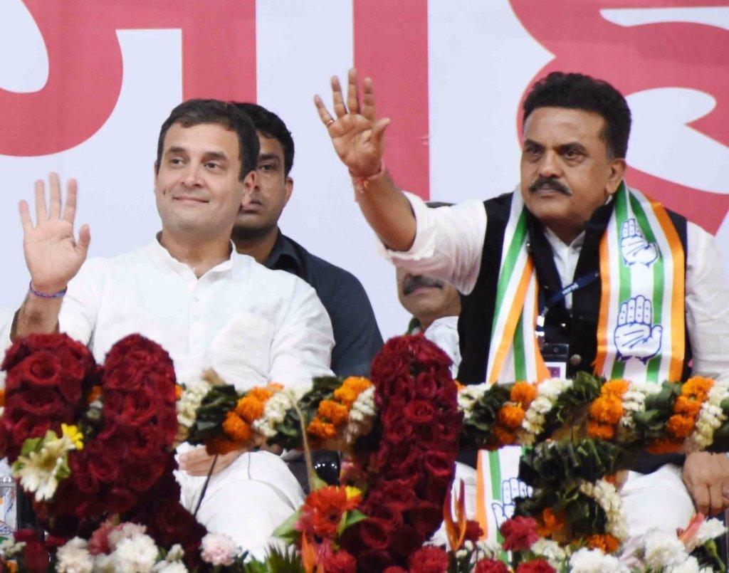 کانگریس صدر راہل گاندھی کے ساتھ سنجے نروپم ،فوٹو بہ شکریہ:ٹوئٹر