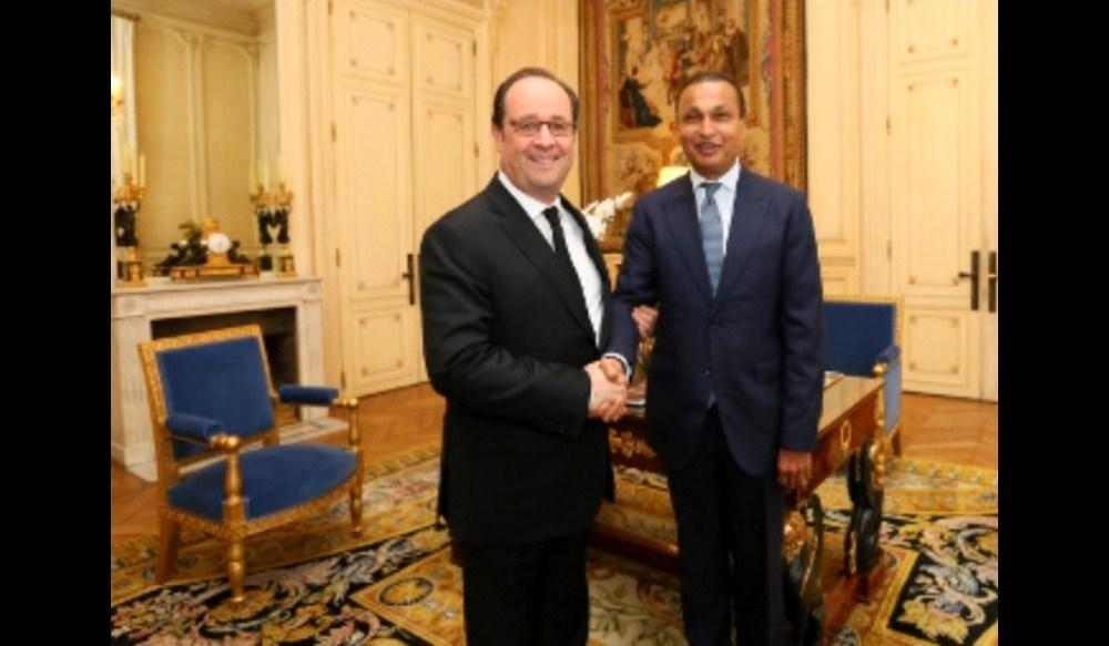 سابق فرانسیسی صدر فرانسوا اولاند کے ساتھ انل امبانی۔ (فوٹو بہ شکریہ: ریلائنس)