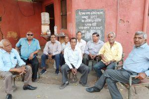 راجستھان کے جئے پور میٹل اینڈ الکٹرکلس کمپنی کے ملازم 13 سال سے زیادہ عرصے سے مظاہرہ کر رہے ہیں۔ (فوٹو : مادھو شرما)