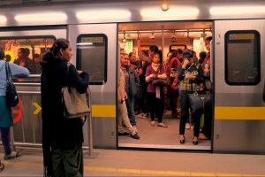 Delhi Metro.00_19_01_23.Still002