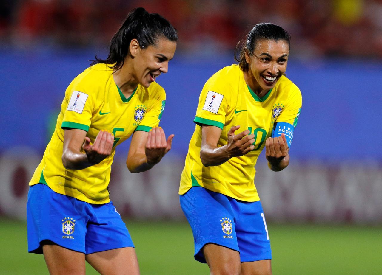 برازیل کی فٹ بالر مارٹا، فوٹو: رائٹرس