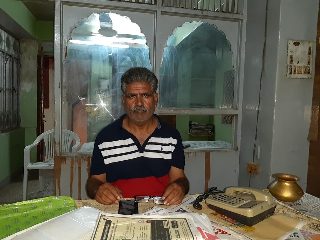 روپ کنور کے بھائی گوپال سنگھ راٹھوڑ(فوٹو : مادھو شرما)