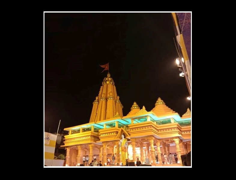 رام مندر کی طرز پر بنایا گیا درگا پوجا پنڈال(فوٹو : سوہم داس)