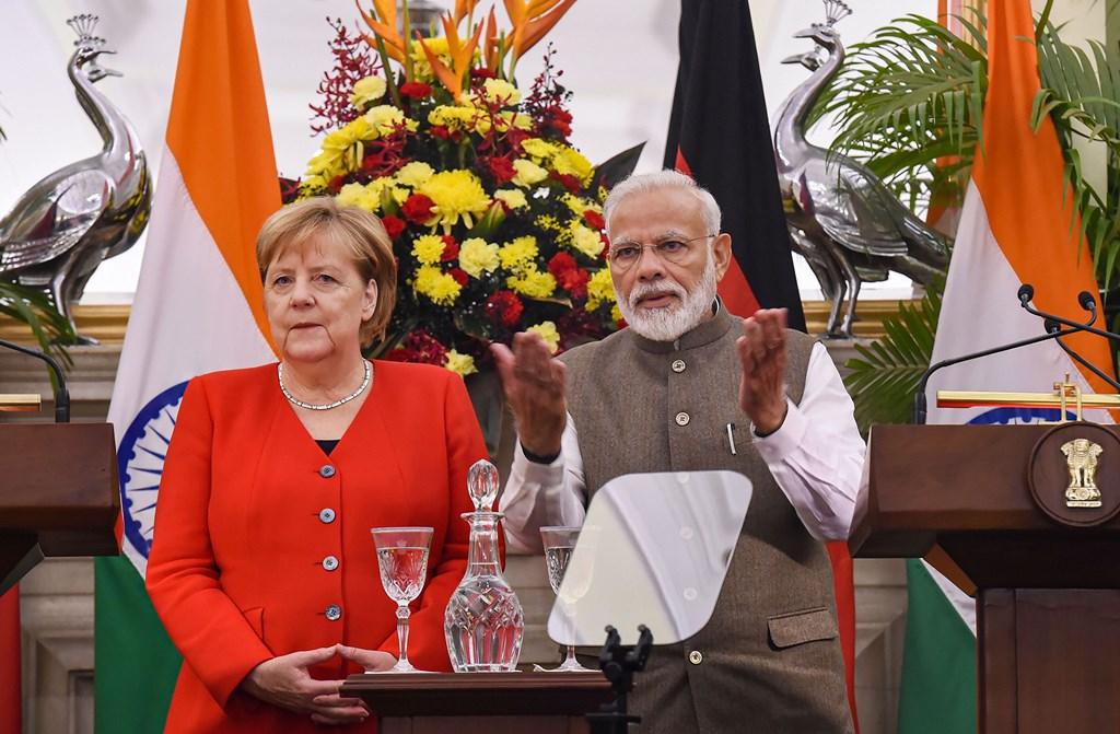 جرمن چانسلر انجیلا مارکیل اور وزیر اعظم نریندر مودی(فوٹو : پی ٹی آئی)