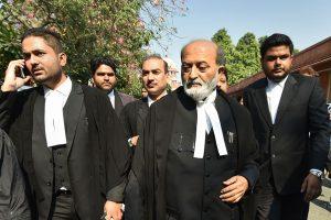 سنی وقف بورڈ کے وکیل ظفریاب جیلانی(فوٹو: پی ٹی آئی)