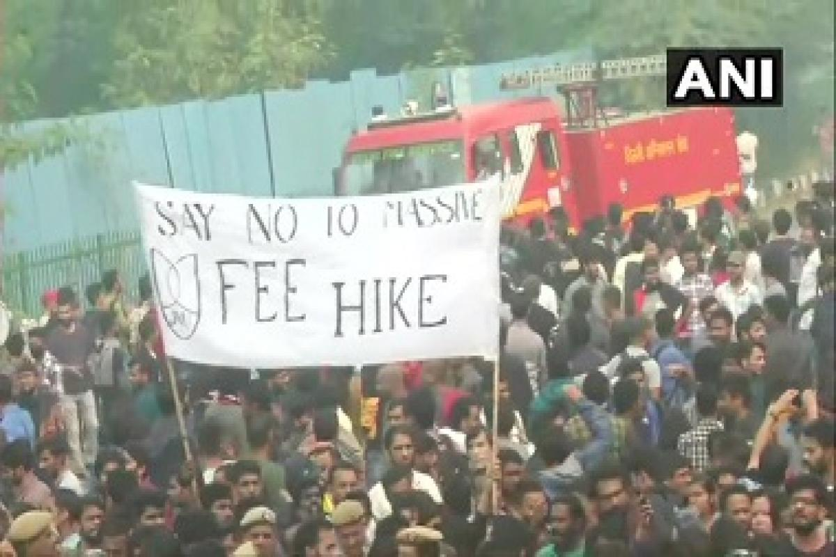 1573455503_JNUprotests-380-ANI
