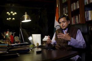 کانگریس رکن پارلیامان ششی تھرور۔ (فوٹو : پی ٹی آئی)