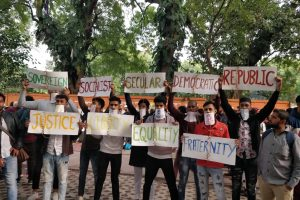شہریت ترمیم قانون کے خلاف جنتر منتر پر مظاہرہ ۔فوٹو: مہتاب عالم/ دی وائر