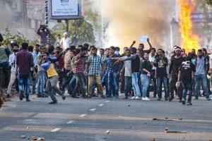 شہریت ترمیم بل کے خلاف پچھلےکئی دنوں سے آسام کی راجدھانی گوہاٹی میں مظاہرے ہو رہے ہیں۔ (فوٹو : پی ٹی آئی)