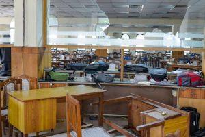 جامعہ میں ہوئے تشدد کے بعد لائبریری(فوٹو : پی ٹی آئی)