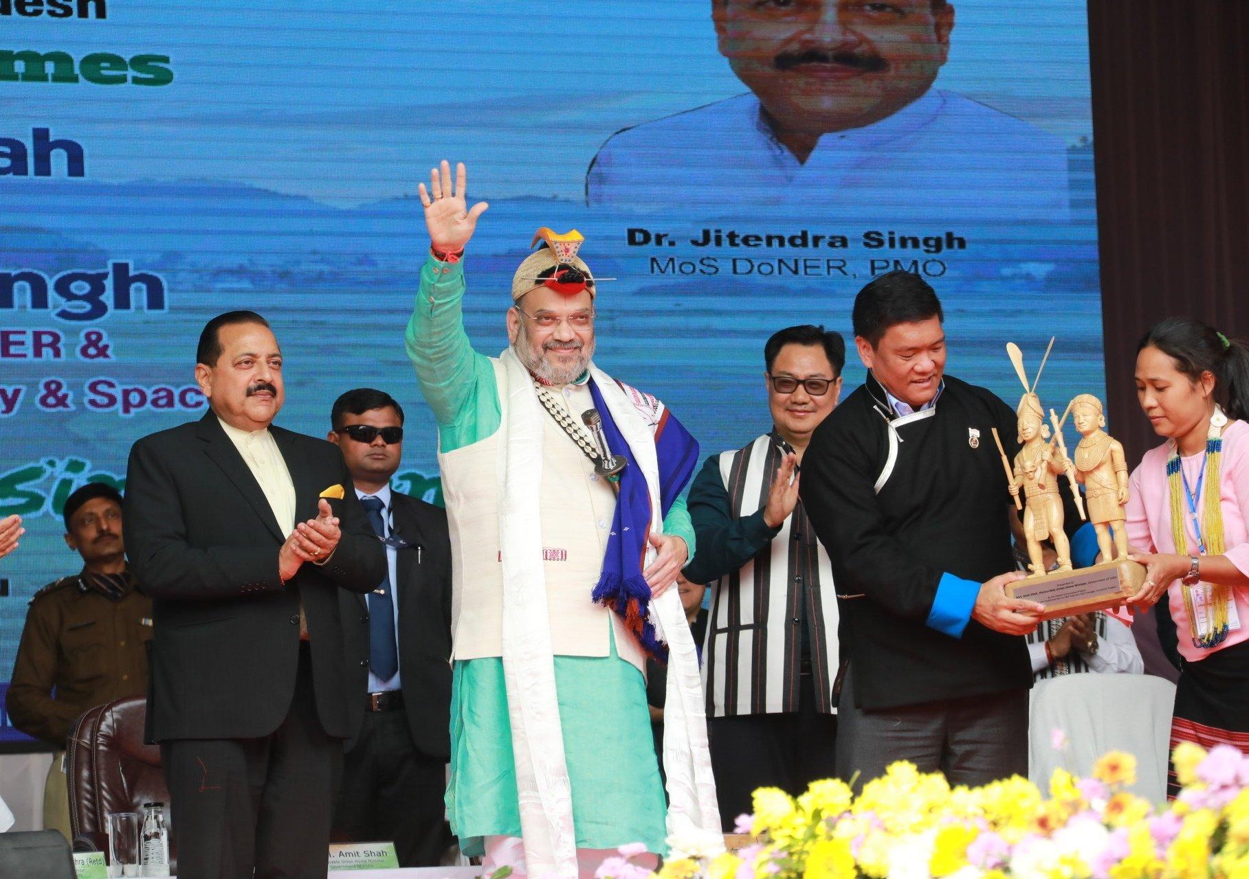 اروناچل پردیش کے دورے پر مرکزی وزیر داخلہ امت شاہ (فوٹوبشکریہ ٹوئٹر)