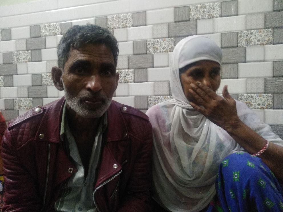 ذوالفقار اور ان کی بیوی(فوٹو : دی وائر)