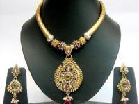 Hi-Tech & Advanced Fashion Jewellery Making Workshop in Chennai By Nu-Trendz Academy