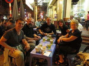 hanoi-walking-street-food-tour