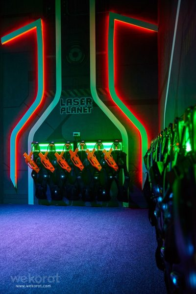 เกมยิงเลเซอร์ต่อสู้กันเป็นทีม Laser Planet