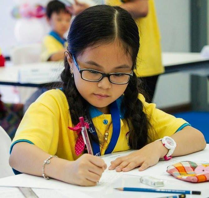 A girl in a Sakamoto class