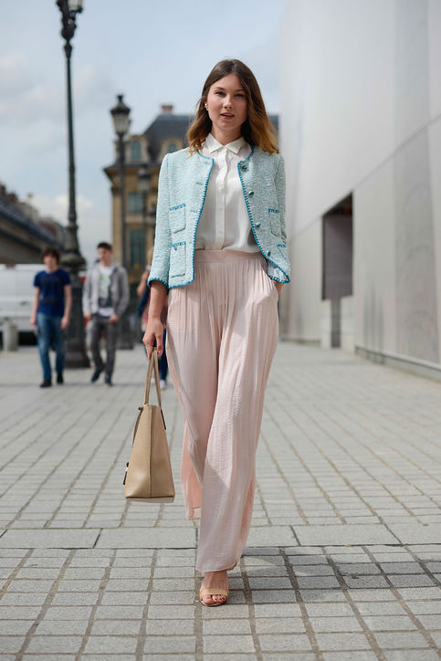 Angelica-Ardasheva-pfw-street-style-jacket-pink-pants-h724