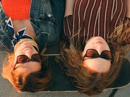 Tens : แว่นตากันแดดเท่ๆ ที่ เปลี่ยนสีสัน โลกทั้งใบของคุณ!!