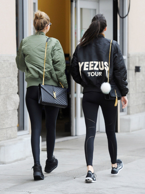 Mandatory Credit: Photo by Broadimage/REX/Shutterstock (5501574l) Kendall Jenner, Gigi Hadid Kendall Jenner and Gigi Hadid out and about, Los Angeles, America - 22 Dec 2015 Kendall Jenner and Gigi Hadid out for some Shopping in West Hollywood
