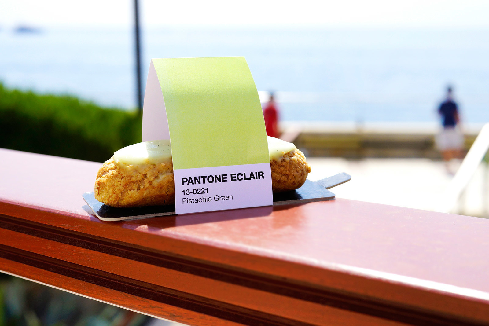large_pantone-pistachio-eclair-color-food-cafe-monaco